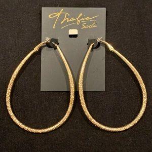 Thalía Gold Hoop Earrings